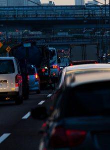 ストレスのたまる渋滞画像